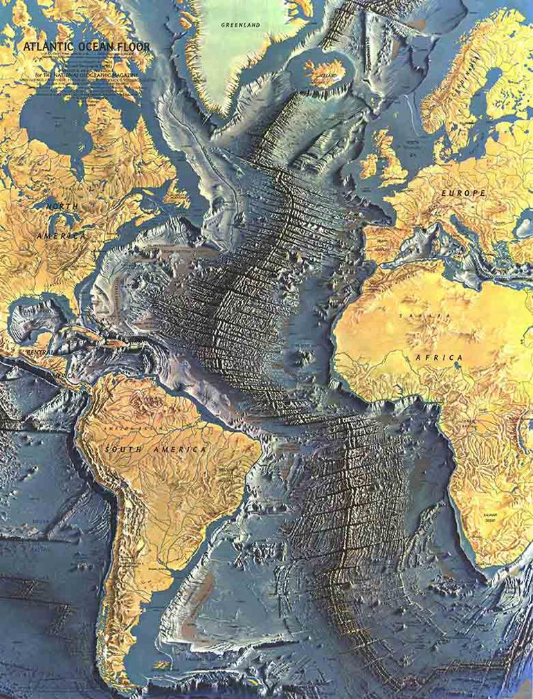 Хребет на дне океана