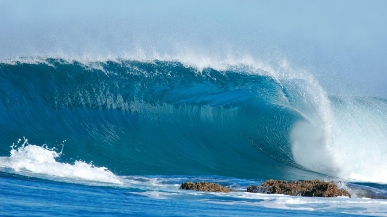 Волны в Индийском океане